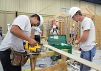 Gov. Fallin recognizes need for construction workers in Oklahoma